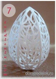 Корзинка с ажурными яйцами