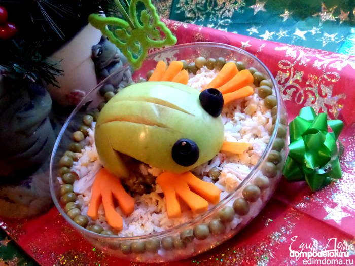 Поделки из овощей » Лягушка из яблока