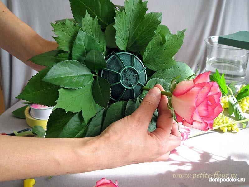 Букеты из живых цветов своими руками мастер класс фото