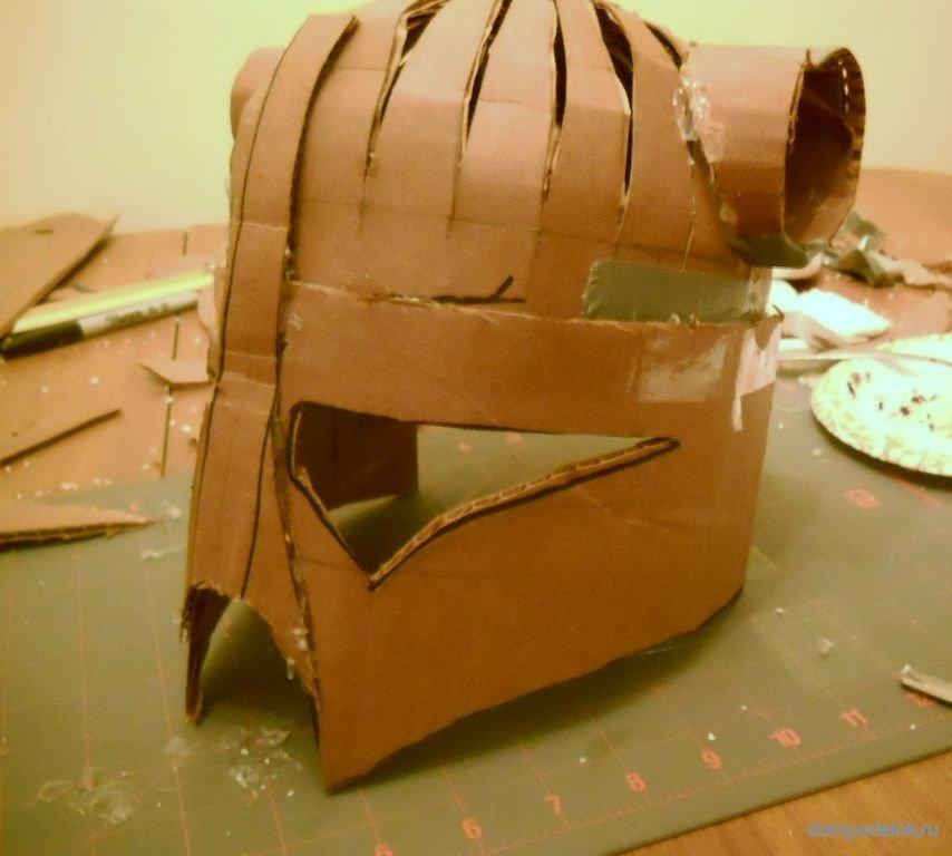 Сделать шлем из картона своими руками