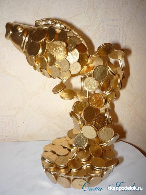Золотая рыбка из монет 91